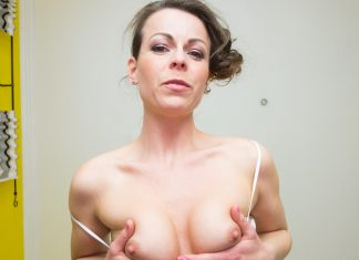 Sexy MILF Sitting on Your Face
