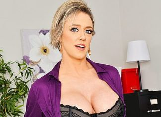 """Dee Williams in """"Naughty Office"""""""