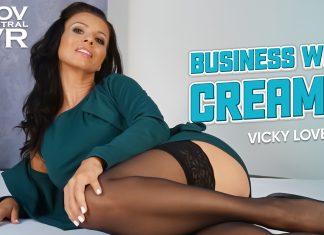 Vicky Love: Businesswoman Creampie