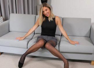Blonde Samantha Teases You